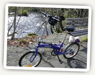 My bike alongside the Deschutes River.